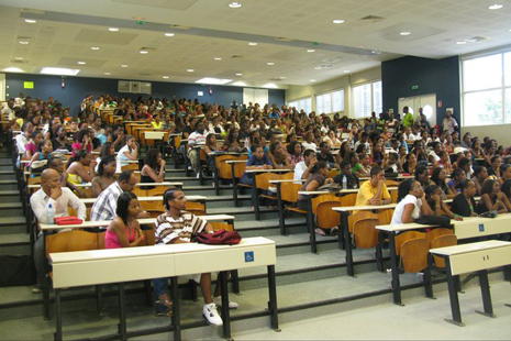 Un-dispositif-dedie-a-la-reussite-des-etudiants-de-l-Universite-des-Antilles-edu-carib-formation-caraibe