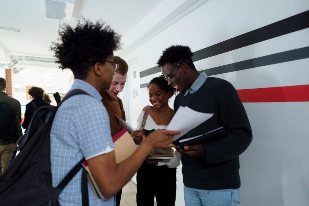 Comment booster ton dossier scolaire et anticiper l'après-bac ? 5 astuces 1