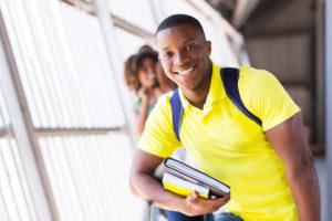 Les bourses d'études sanitaires et sociales dans la Caraïbe 1